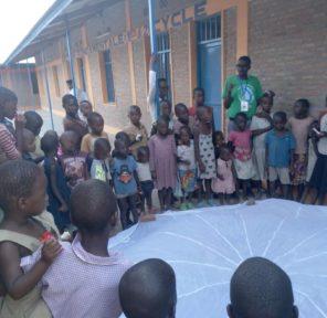 Citizens\' Climate Lobby Burundi (5 Parachutes)