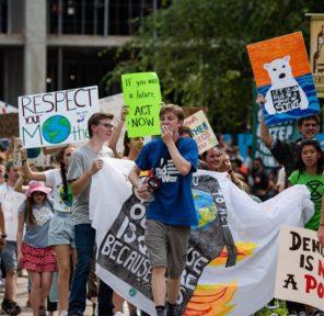 Citizens' Climate Lobby Kalamazoo (3 Parachutes)