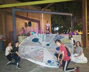 Alondra CamposFridays For Future Group (3 Parachutes)