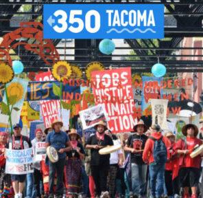 350 Tacoma (17 Parachutes)